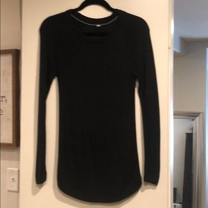 Lululemon charcoal colored sweater